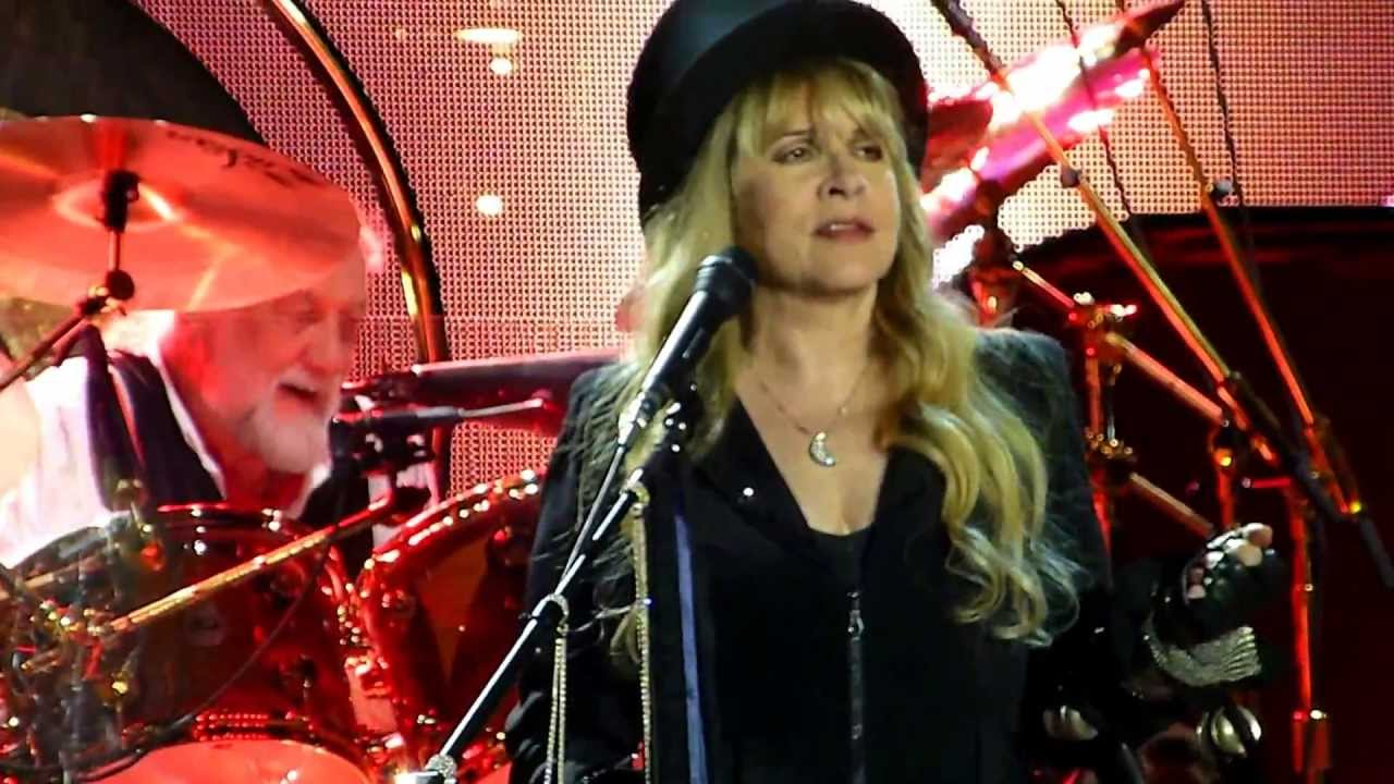 Fleetwood Mac - Go Your Own Way - Paris Bercy 2013