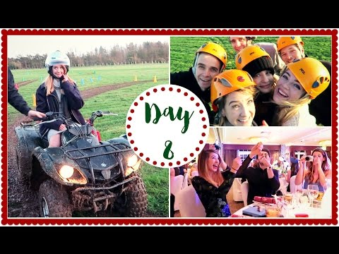 BEST YOUTUBE CHRISTMAS PARTY | VLOGMAS