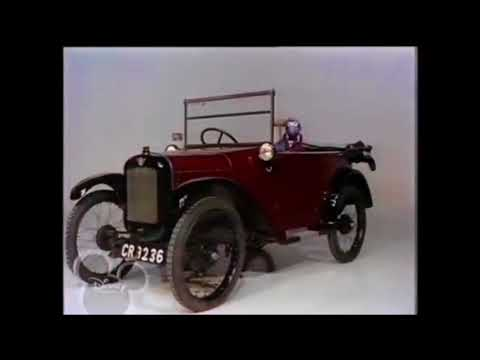 muppet show gonzo demolishes an automobile