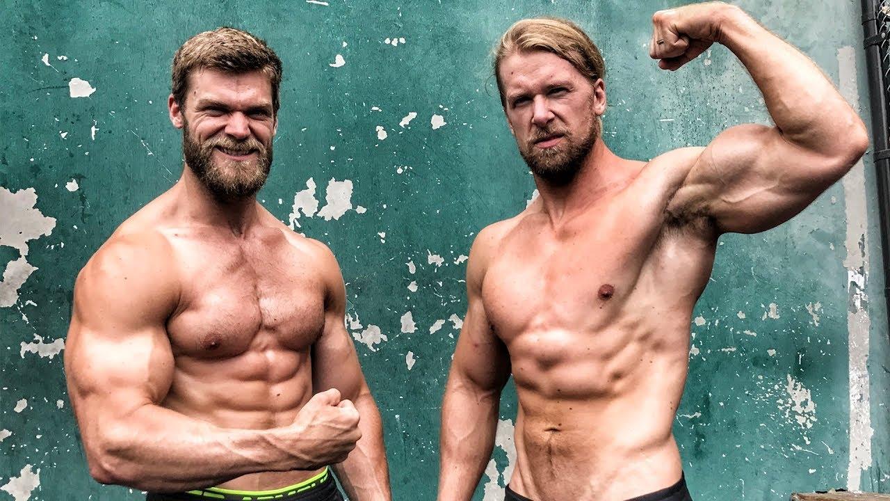 nieuwe foto's beroemd merk geweldige aanbiedingen Chest & Triceps at The Mecca - Buff Dudes Let's Workout