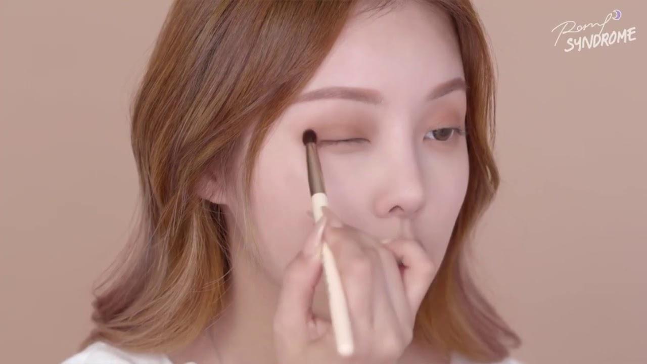 【美妝教主PONY教學】必學溫柔烘焙眼妝 - YouTube