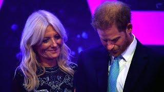Prins Harry emotioneel tijdens speech als hij denkt aan zwangere Meghan Markle