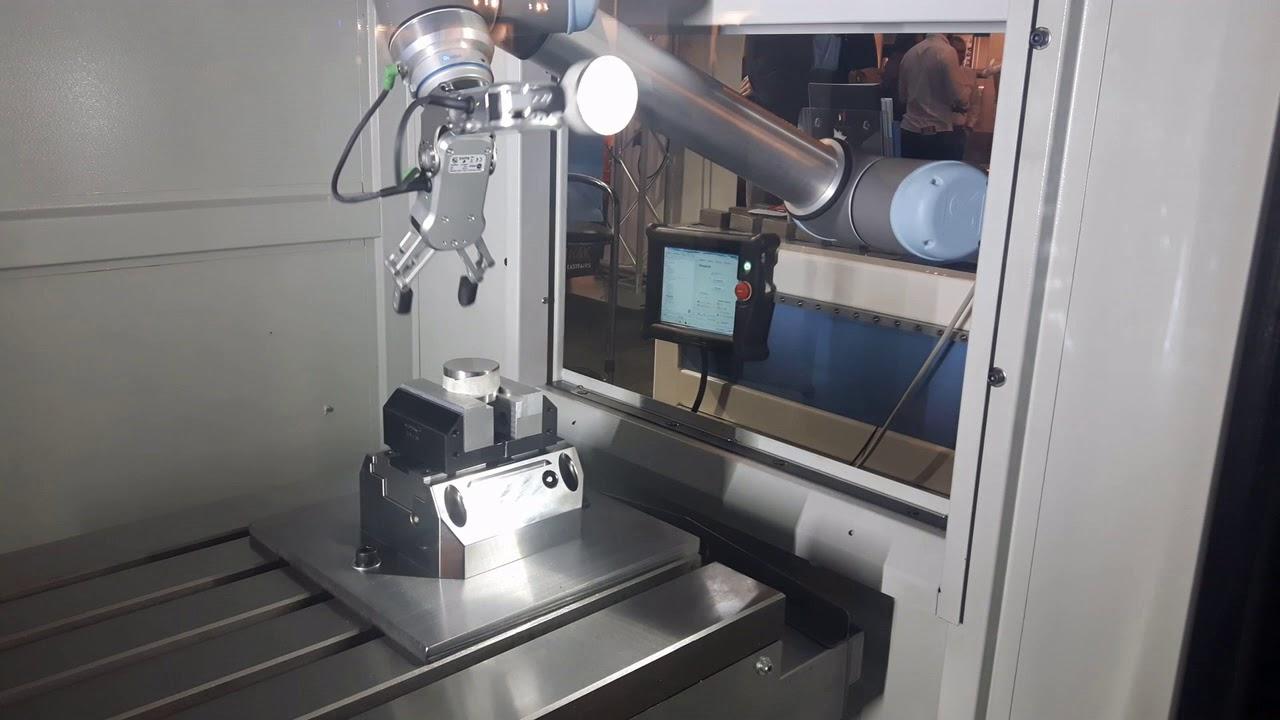 Arătând roboților cum să-și facă treburile