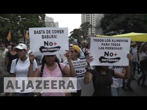 Pope proposes Vatican mediation in Venezuela crisis