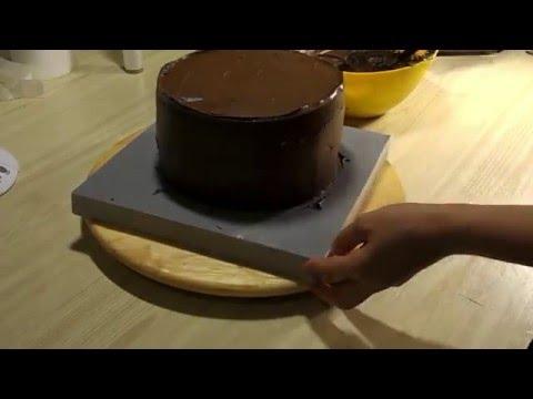 Как покрыть торт ганашем под мастику