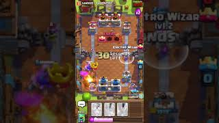 iOS 11 crazy new feature playing Clash Royale