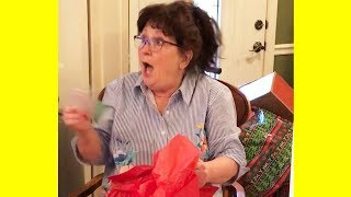 Heartwarming and Funny Reactions to Surprise Pregnancy Announcements