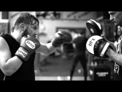 Тренер по фитнесу в Арабских Эмиратах