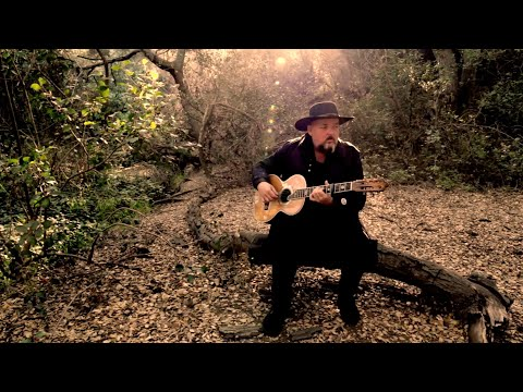 "Alain Johannes ""Hum"" (Official Video)"