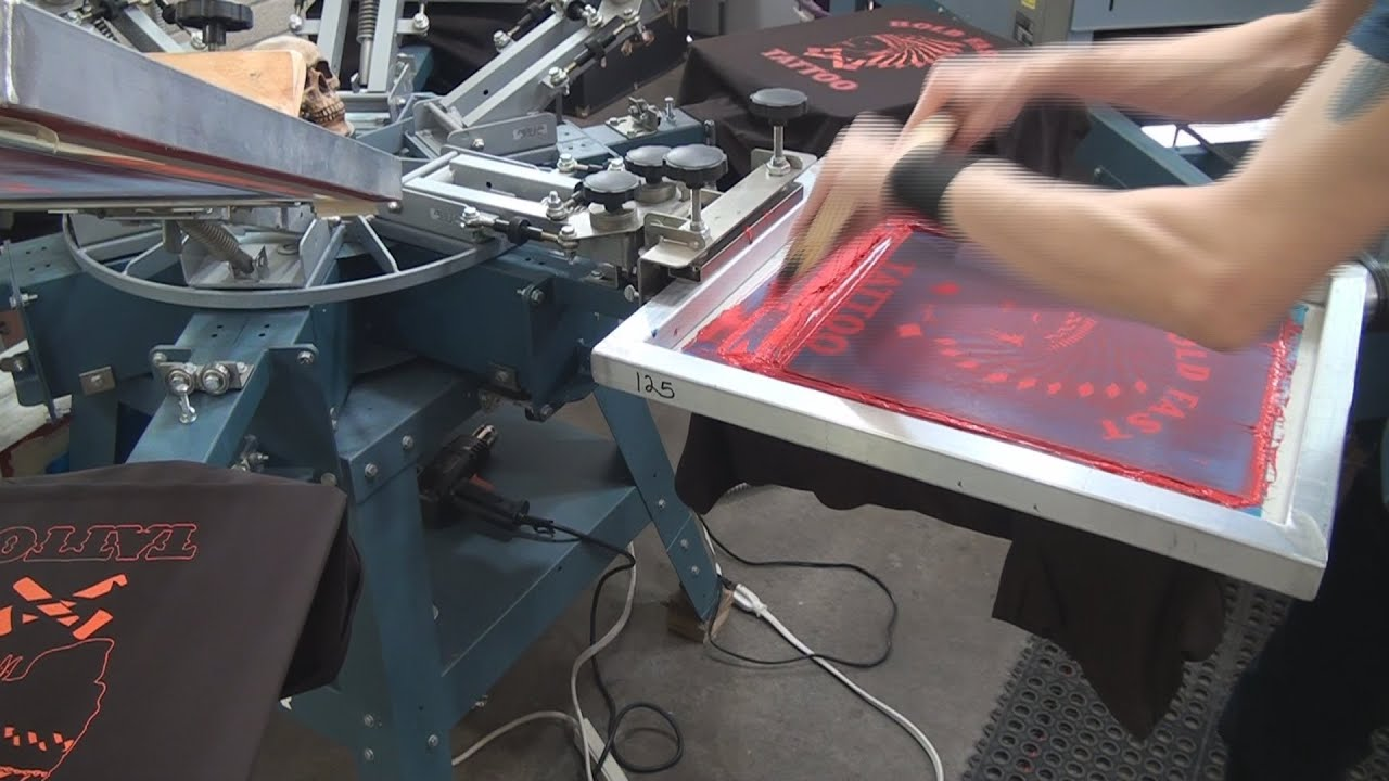 What is silk screen printing Ive heard many times what a silkscreen is, but I do not know what it is, please explain