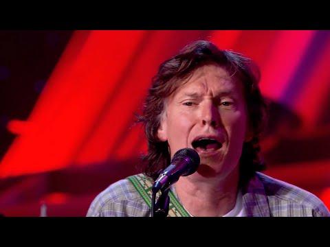 Steve Winwood - Dear Mr. Fantasy (Live on SoundStage - OFFICIAL)