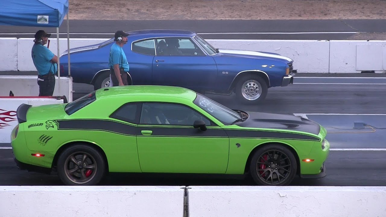 Old vs New Muscle Cars Drag Racing - YouTube