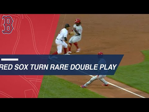 Red Sox turn a rare and wild 5-2-6-5 double play