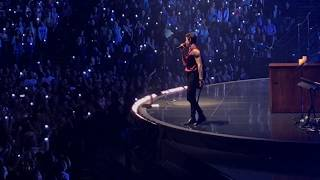 Shawn Mendes - Stitches (Live in Oakland)