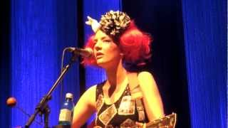 """Gabby Young and Other Animals, """"Honey"""", live at Nikolaisaal, Potsdam"""