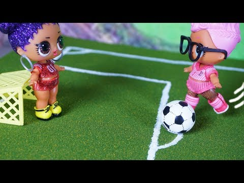 LOL SURPRISE DOLLS Play Soccer For P.E.