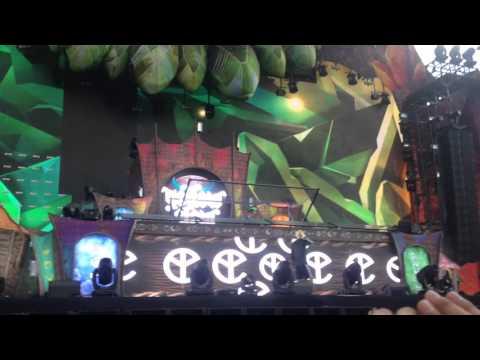 Yellow Claw - Catch Me (feat. Naaz) EDCMX 2016