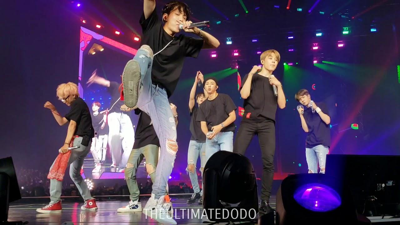 Download 180906 Anpanman @ BTS 방탄소년단 Love Yourself Tour in LA Fancam 직캠