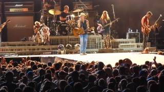 Kenny Chesney - Out Last Night at MetLife Stadium - August 20, 2016 - Spread the Love Tour