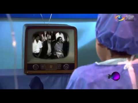 Hugo chavez fr as mira su posesi n en cuerpo ajeno for En cuerpo ajeno