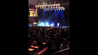 Hershey Jingle Ball 2011 - Hot Chelle Rae - I Like it Like That