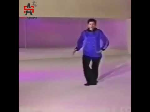 Instructor teaches how to dance in hip hop vine