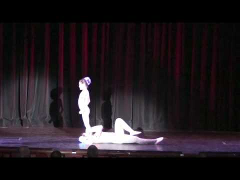 Chinese Acrobats - Act 5