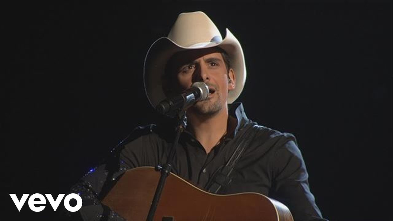 Brad Paisley This Is Country Music Cma Awards 10 Youtube