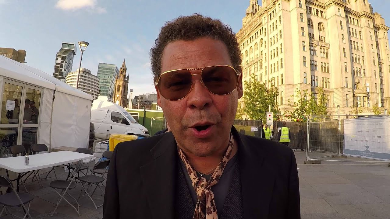 My name 39 s craig charles and you 39 re watching liverpool live Where does craig charles live