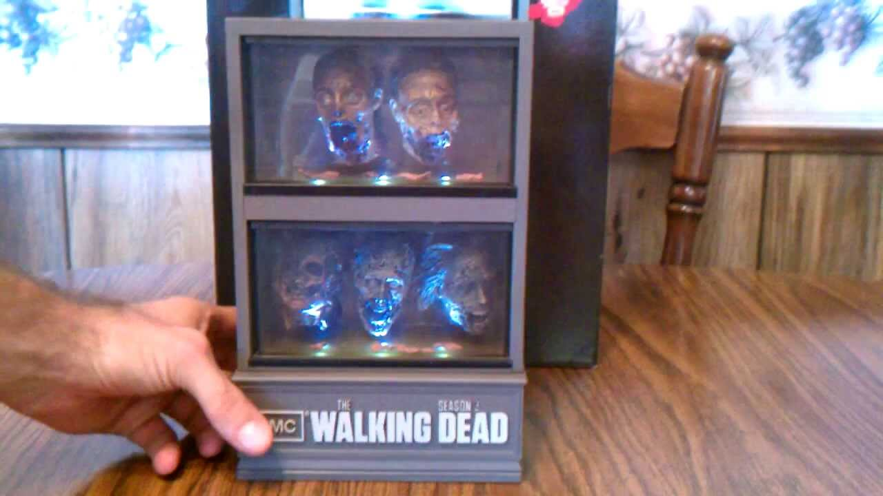 The Walking Dead Season 3 Limited Edition Blu Ray Fish Tank