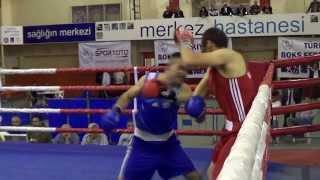 Boks Nakavt 5 Saniyede Burhan AKÇAY ( Kağıtspor) Türkiye Büyükler Boks Şampiyonası.