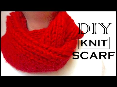 How to Knit a Circle Scarf | DIY Christmas Gifts for Mom