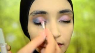 Tutorial Make Up Hijab bersama Sariayu Martha Tilaar dan Kashkha (3)