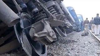 الهند: مقتل 91 شخصا على الأقل في خروج قطار عن سكته