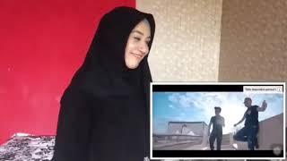 اندونيسية ترقص على اغنية شاب جليل مغبون وحدي