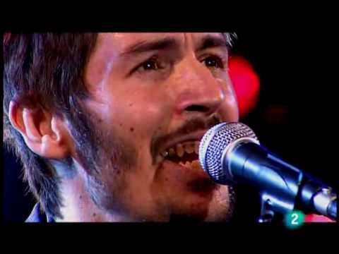 "Aaron Thomas ""Made of wood"" (live) (4/4)"