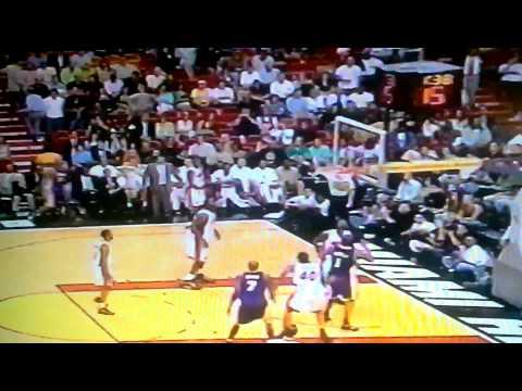 Kobe makes long 3 on Eddie Jones