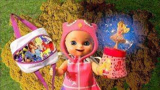 У Люси с подружками случился спор из-за конфет - Lucy and her friends had a dispute over candy