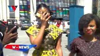 HAMISA MOBETTO AKIMBIA MIC YA WASAFI TV/AGOMA KUZUNGUMZA