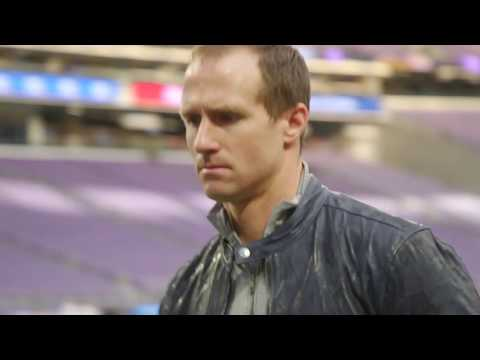 New Orleans Saints arrive for the game against Minnesota Vikings