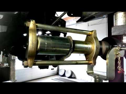 Hinterachskorpergummis Wechseln Am Ford Focus Mit Hilfe Von Spezialwerkzeug
