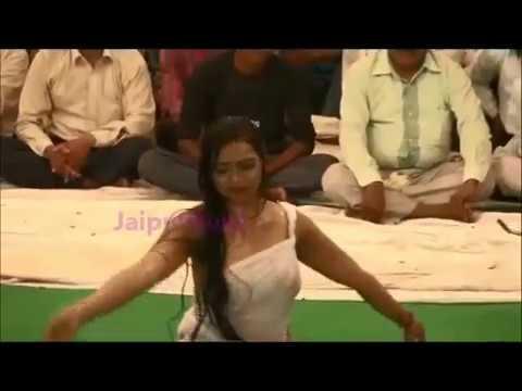 Dirty Dance: Vulgar Dance At Fair In Rajasthan