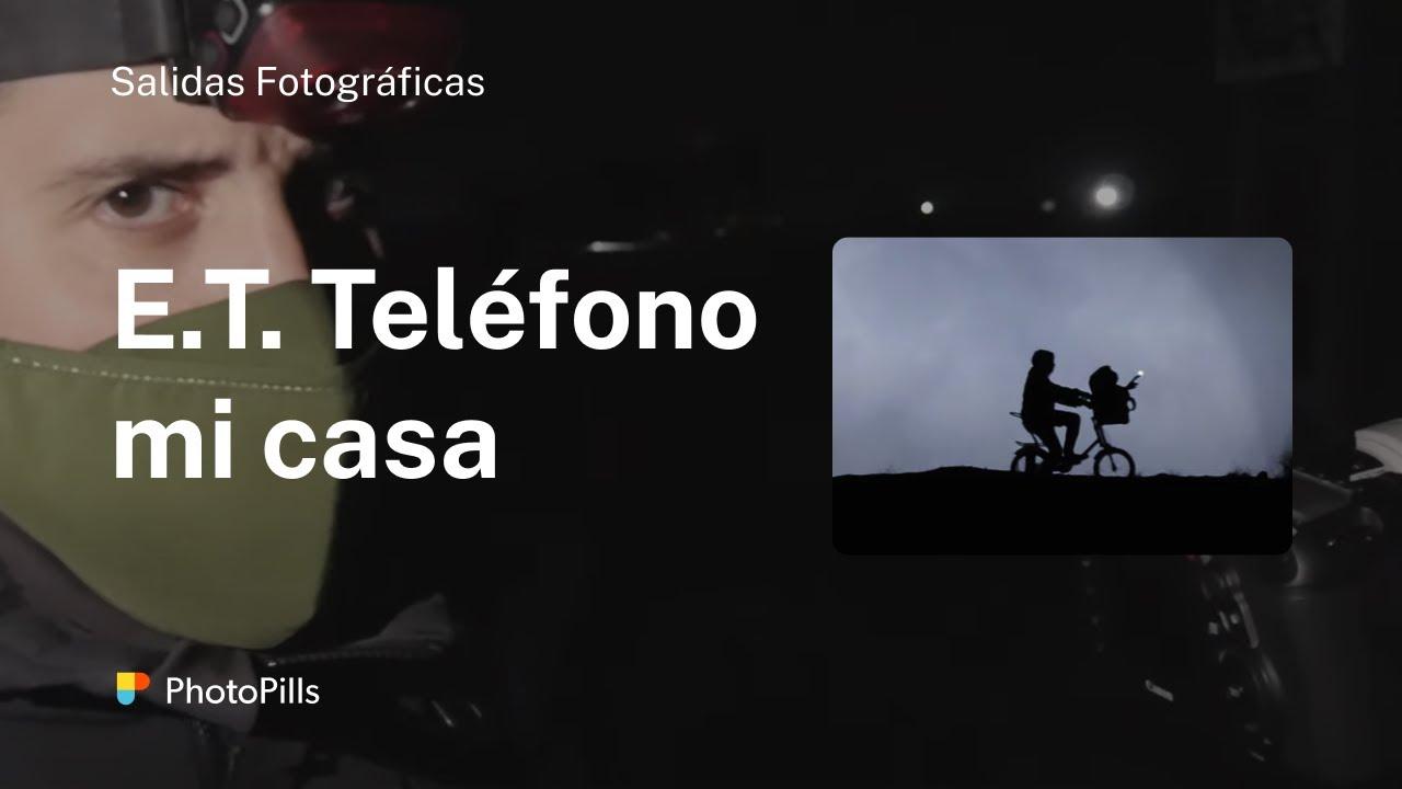 SILUETA CON LA LUNA LLENA DE E.T EL EXTRATERRESTRE CON PHOTOPILLS