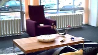 Работницы  мебельного салона во время  работы(, 2011-07-02T11:37:33.000Z)