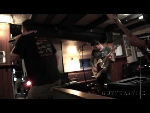 Guttersnipe live at the Bores head...