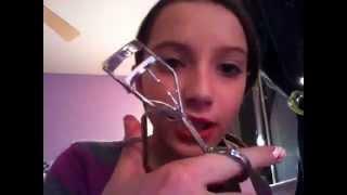 Sally Hansen Eyelash Curler First Impression!