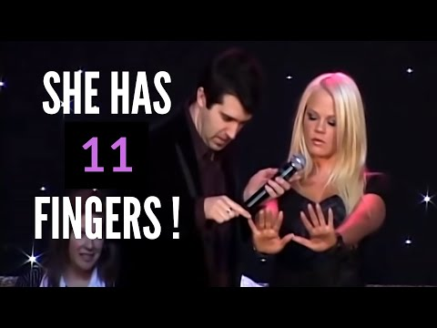 Hypnotized Blonde Girl Thinks She Has 11 Fingers