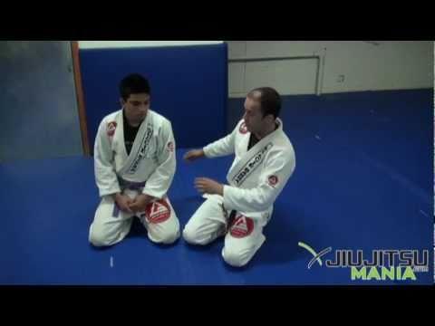 Technique - Marcio Feitosa - Ezekiel Choke From Half Guard - JiuJitsuMania