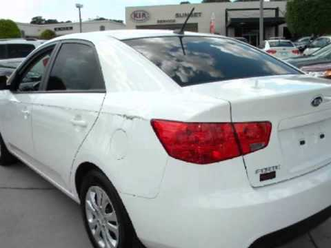 Captivating 2010 KIA Forte 4dr Sdn Automatic EX Great Gas Mileage!