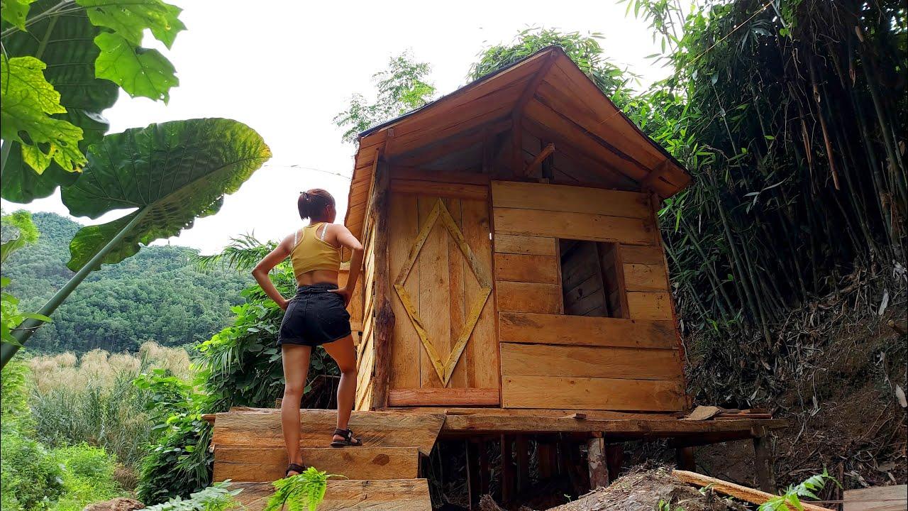 Solo Bushcraft : Building a Log Cabin in the rainforest (p4) - Interior design begins | OFF GRID